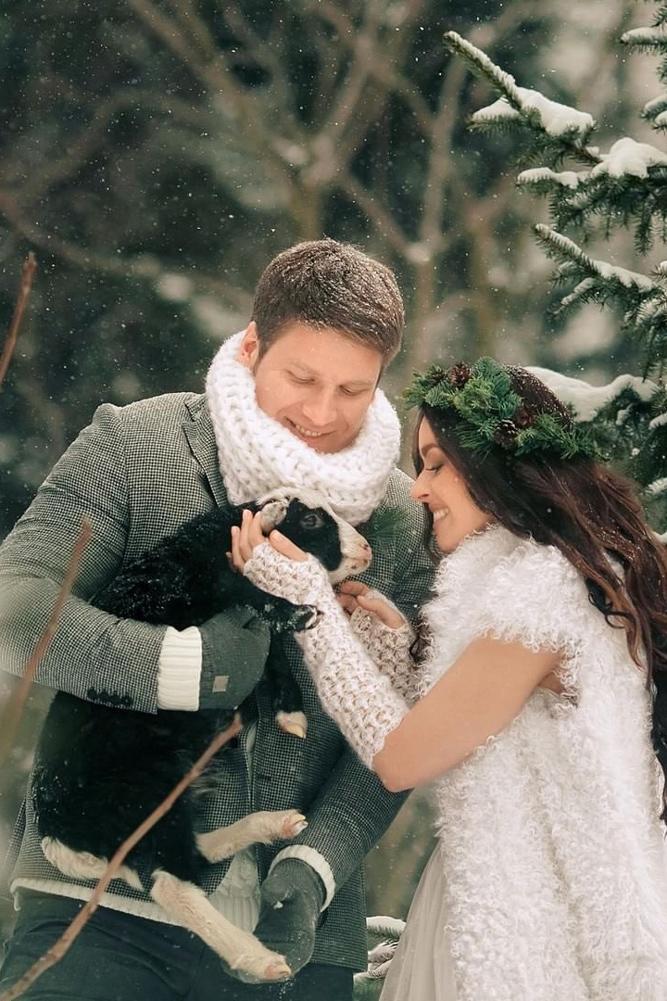 fur vest with gloves what to wear to a winter wedding liliya gorlanova