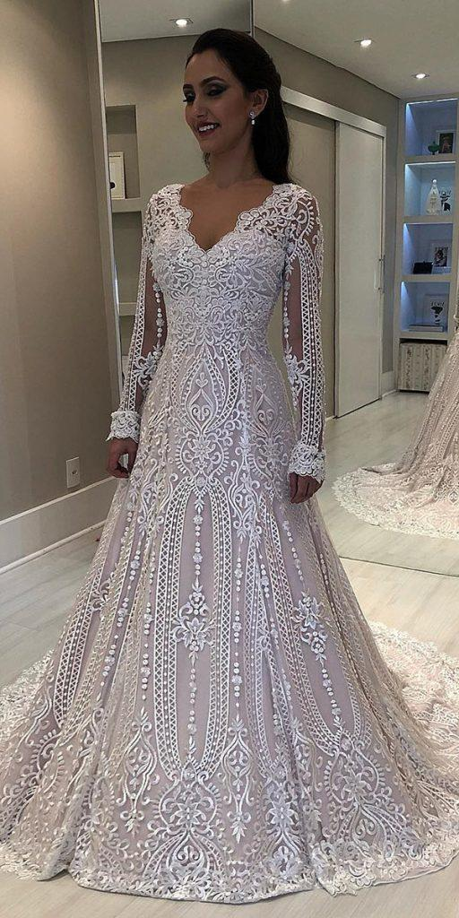 15 Vintage Wedding Dresses With Sleeves You Ll Love Wedding Dresses Guide